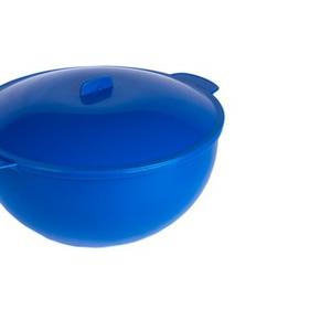 Пластмассовая супница для горячих блюд.