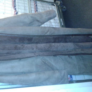 Продаю шубы и зимние пальто недорого срочно
